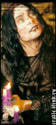 http://www.cradleoffilth.ru/wgallery/cradle_large/cradleoffilth_071.jpg